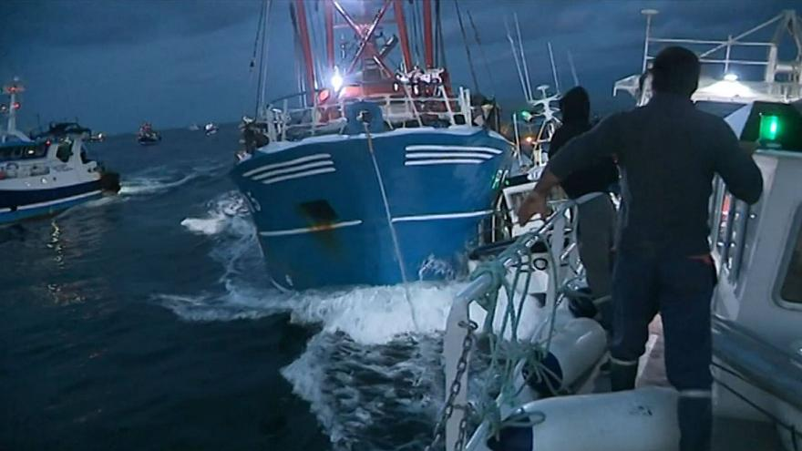 """Scallop Fishing Attacks Nothing More Than """"Piracy"""""""