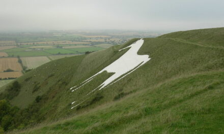 SINGING OVER WHITE HORSE DOWN