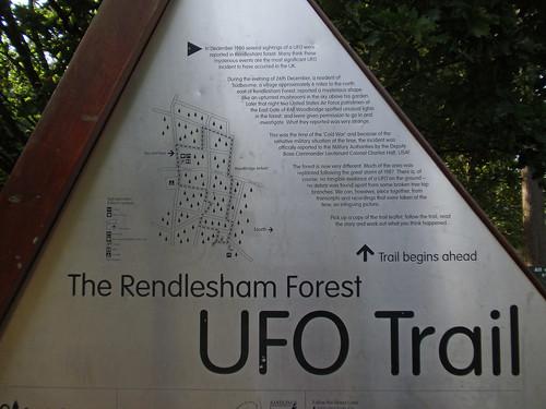 THE RENDLESHAM UFO: ALIENS OR IMAGES? (Part 1)