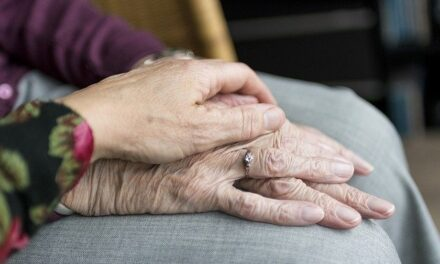 A GRUMPY OLD WOMAN WRITES: Who Cares? An insight into a carer's life and those they 'care' for!